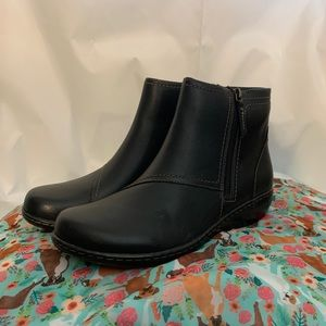 Clark Ashland vista leather ankle boots new 10